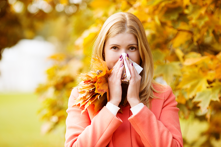 6 Vitamins to Help You Beat Fall Allergies